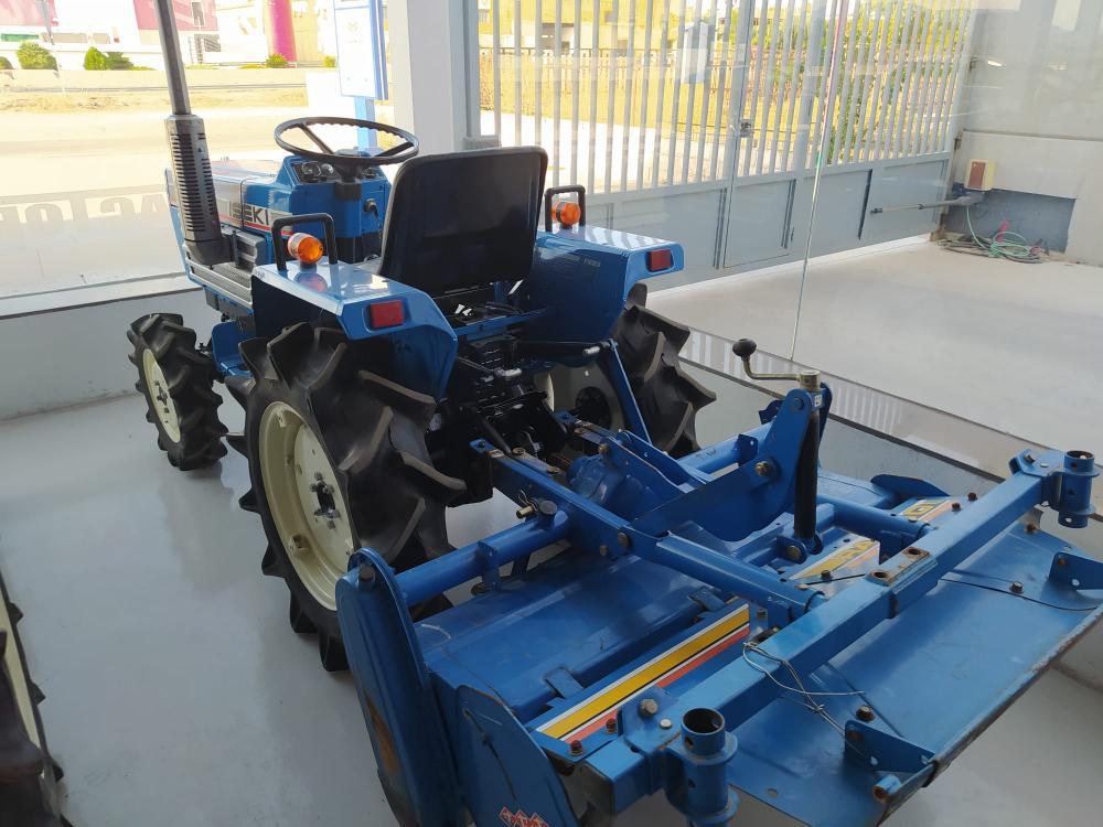 Iseki TU1600拖拉机出售,带旋转式推土机,检查并担保 | 機械設備 | 农业和灌溉 | 二手拖拉机 | Img 2 | Tabdevi.com
